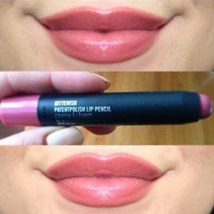 "Last One! NIB MAC ""KITTENISH"" Patentpolish Lipstik"